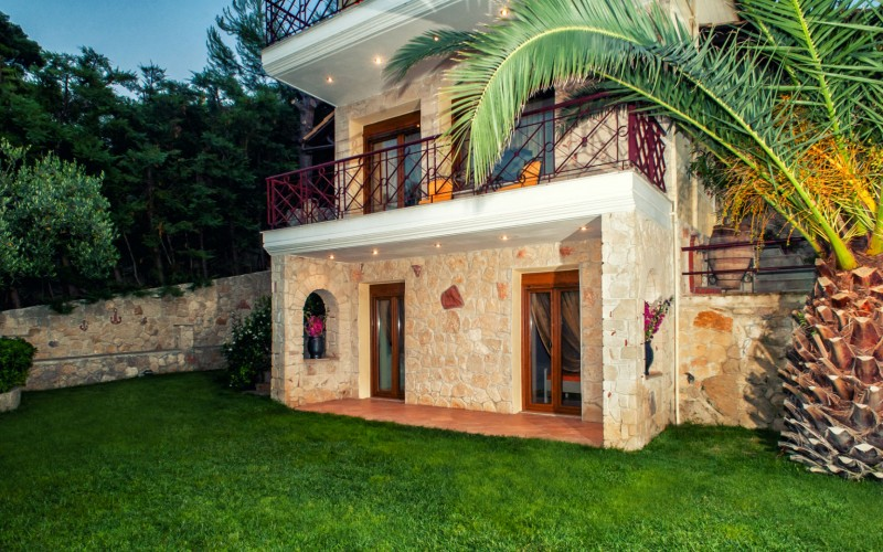 Rent summer house Halkidiki Greece