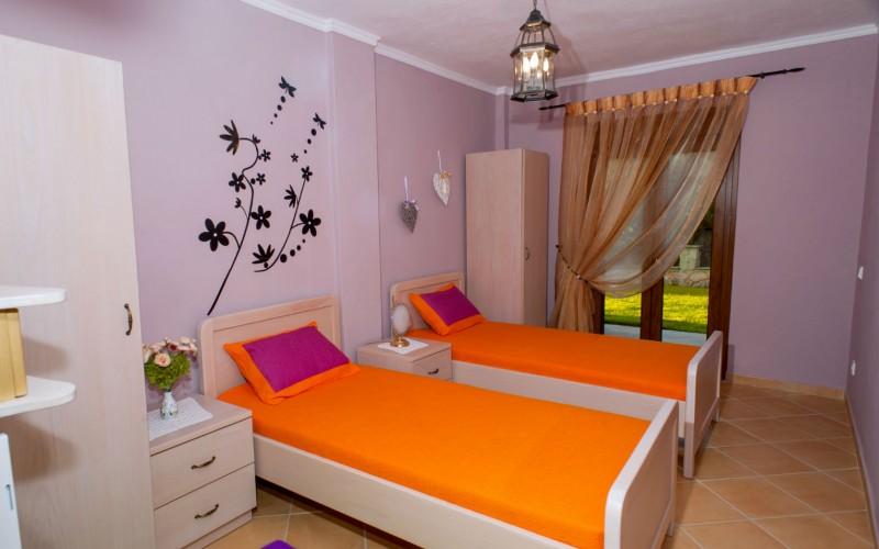 Pefkohori villa guest bedroom