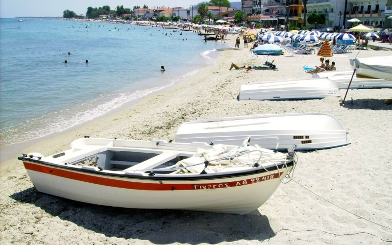 Pefkohori summer beach-front resort Chalkidiki