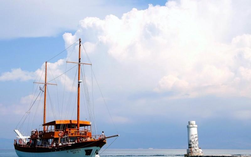 Pefkohori boat trips Halkidiki Greece