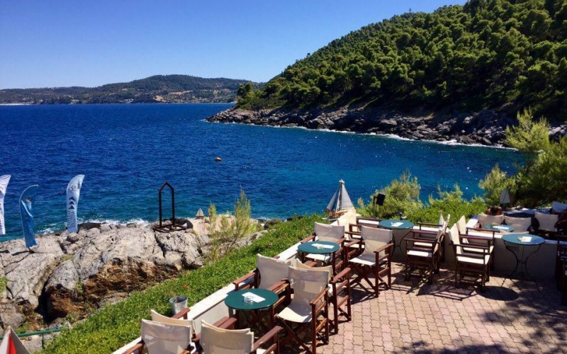 Porto Valitsa beach bar & cafe