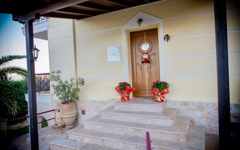 Welcome to Villa Pefkohori for your family holidays!