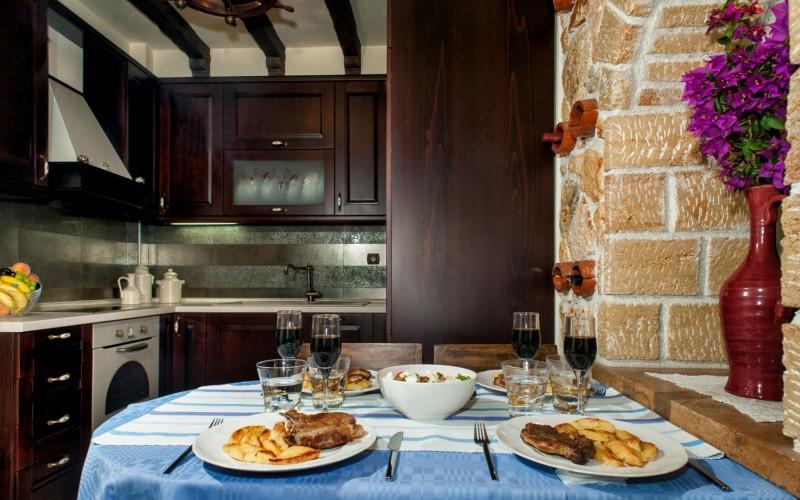Luxury villa Pefkohori, Greek kitchen
